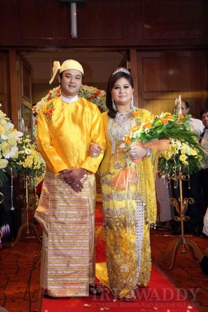 Myanmar Models Present Wedding Dress During A Bridal Show At Park Royal Hotel In Yangon