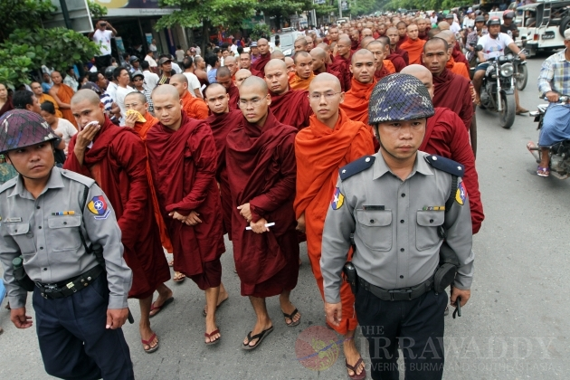 Monk protest in Mandalay