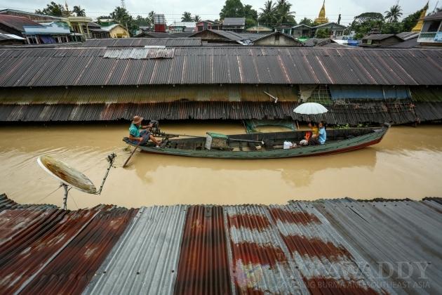 Flooding arounf mynmar