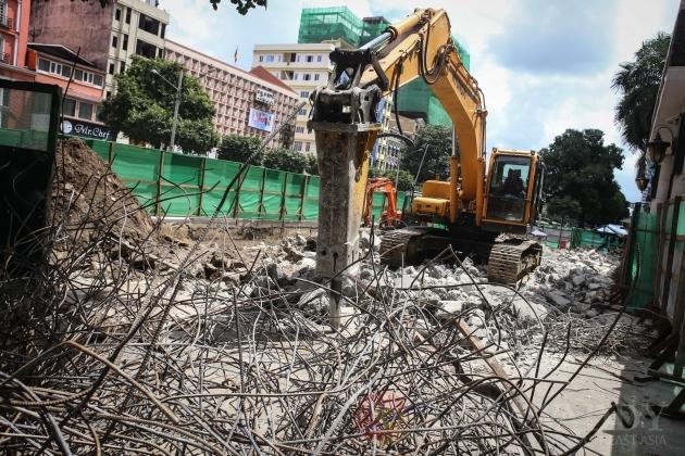 YCDC Reclaims Sule Shangri-La Parking Lot