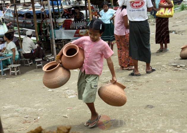 Earthenware pots in Nyaung Tone, Irrawaddy Delta