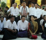 Burma pro-democracy leader Aung San Suu Kyi and her son Kim Aris visit the famous Shwedagon pagoda in Rangoon, Burma.