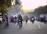23-12-12 Mt Bike racing - PHOTO - Teza Hlaing Mountain bike racing on Mandalay Hill.