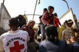 Civilians displaced by fighting between the Burma Army and Kokang rebels in Lashio, Shan State, 15 February 2015. (Photo: JPaing / The Irrawaddy)