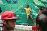 14-04-15 Photo:- Thaw Hein Htet Burma celebrates it's New year during the Thingyan Water Festival in rangoon