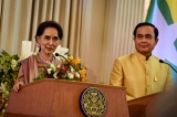 Myanmar's foreign minister and state counsellor Aung San Suu Kyi (L) aund Thailand's Prime Minister Prayuth Chan-Ocha (R)  speaks at a press conference at house in Bangkok ,Thailand, June 24, 2016. ( Photo - JPaing / The Irrawaddy )