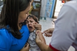 Children receiving a measles vaccine at Lanmadaw township clinic on November 28, 2019.  Photo - Htet Wai/ Irrawaddy